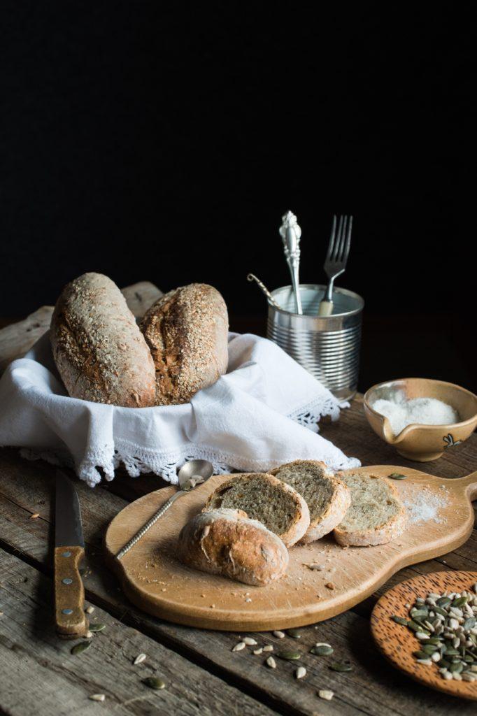 Brot am Tisch