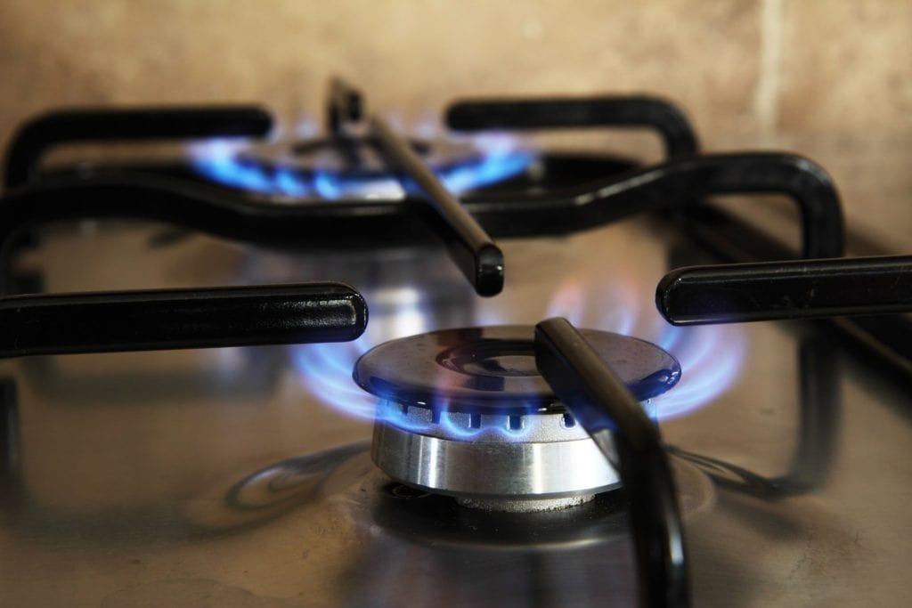 Kochplatte mit Gasflamme
